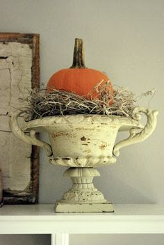Chippy Urn, Twigs & Spanish Moss with Pumpkin from The Grower's Daughter: Seasonal Decor ~ Hints of Hallowe'en Dinner Party Decorations, Thanksgiving Decorations, Seasonal Decor, Halloween Decorations, Party Centerpieces, House Decorations, Halloween Mantel, Holidays Halloween, Samhain