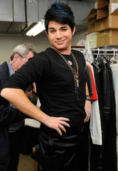 hehehehe -he makes me giggle - Adam Lambert Photo (5814199) - Fanpop