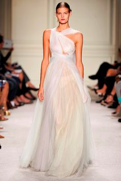 Marchesa Spring 2016 Collection @Maysociety