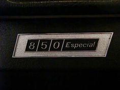 MARCA: SEAT MODELO: 850 D ESPECIAL CARACTERÍSTICAS: 843 C.C., 47 CV, 4 VELOCIDADES, 54.000 KMS. ORIGINALES, RADIO-CASSETTE, RUEDAS NUEVAS, BANDEJA INTERIOR PORTA-OBJETOS, PERFECTO ESTADO DE CONSERVACIÓN, CORRECTO FUNCIONAMIENTO, 1 SÓLO PROPIETARIO, MATRÍCULA ORIGINAL (V), DOCUMENTACIÓN e ITV AL DÍA.  AÑO: 1973 PRECIO: VENDIDO  MÁS INFORMACIÓN EN: http://antequeraclassic.com/seat_850d_especial.htm