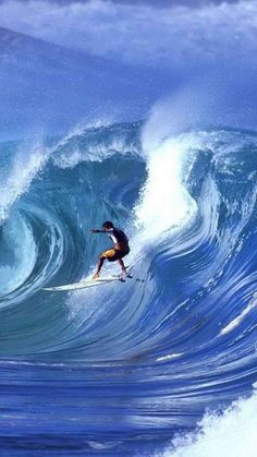 """The exact origin of surfing is still unknown, although 2000 years ago the ancient Hawaiian Chiefs and Kanaka (common man) were """"Hanging Ten"""" when the earliest visitors to the islands started to arrive. Big Waves, Ocean Waves, Giant Waves, Surf Mar, Beach Please, Surfing Pictures, Windsurfing, Surfs Up, Water Sports"""
