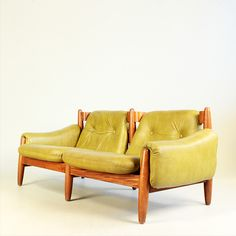 From the 19 West archive: a Braziklian style sofa from the 1960's. #19west #vintage #design #sixties #furniture #braziliandesign #sofa #home