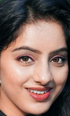 Beautiful Bollywood Actress, Beautiful Indian Actress, Beauty Full Girl, Beauty Women, Deepika Singh, Cute Couples Kissing, Nice Face, Cute Asian Girls, Interesting Faces