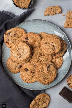 When you focus on fitness, remember that two guide lines aiming for a healthy weight and putting physical activity into your everyday life. Chocolate Chip Cookies, Healthy Weight, Healthy Life, Cupcakes, Cookie Recipes, Baking, Sweet, Desserts, Food