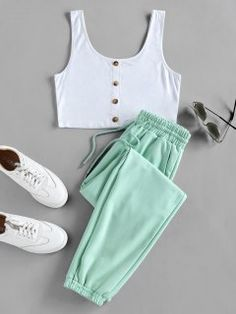 ZAFUL Conjunto De Top Corto Y Pantalones Jogger - Verde Claro S Cute Lazy Outfits, Teenage Girl Outfits, Crop Top Outfits, Girls Fashion Clothes, Teen Fashion Outfits, Teenager Outfits, Outfits For Teens, Trendy Outfits, Style Fashion