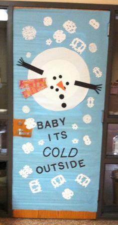 Winter door decoration :) @Dianne Kirsch Diamond McAlister
