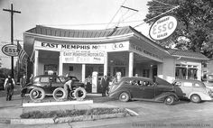 Esso Gasoline Station in West Memphis, Arkansas is a busy little place. Old Gas Pumps, Vintage Gas Pumps, Route 66, Pin Up Girls, Old Photos, Vintage Photos, Vintage Cars, Antique Cars, Vintage Travel