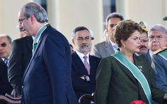 O presidente da Câmara, Eduardo Cunha (PMDB-RJ), garantiu apoio de partidos da oposição e até da base do governo: ele orquestrará o impeachment da presidente Dilma e, em troca, os líderes não vão p...
