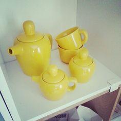 #muuto #bulky #teaset #yellow #accessories Pinned from #webstagram Photo by @Fröken Gul
