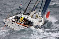 (Gitana eighty) Le nouveau Gitana qui devrait toucher l'eau en juillet prochain est le deuxième IMOCA du team : Loïck Peyron avait pris le départ du Vendée Globe en 2008 avec un plan Farr qui avait démâté au large des Kerguelen.