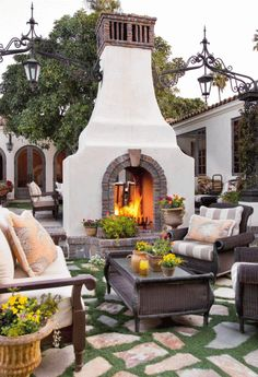 Use these outdoor fireplace ideas to give your deck, patio, or backyard living room a dramatic focal point. Browse pictures of fireplace designs for decorating ideas, inspiration, and tips on how to build an outdoor fireplace. Rustic Outdoor Fireplaces, Rustic Outdoor Decor, Outdoor Fireplace Designs, Fireplace Ideas, Gas Fireplace, Spanish Style Decor, Spanish Style Homes, Spanish House, Spanish Patio