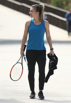 Simona Halep Photos Photos - 2017 Australian Open - Previews - Zimbio Wimbledon, Australian Open 2017, Tennis Photography, Tennis Pictures, Simona Halep, Tennis World, Professional Tennis Players, Vintage Tennis, Tennis Players Female