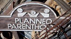 """Planned Parenthood, la multinacional del aborto más grande del mundo, cumplió 100 años de su fundación el pasado 16 de octubre. Para líderes pro-vida en Estados Unidos, la fecha marca """"un hito trágico"""" que recuerda a """"los millones de niños no nacidos que nunca tendrán un cumpleaños""""."""