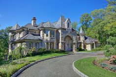 Dream Home Design USA Castle Luxury House Plans Manors Chateaux And Palaces In Luxury House Plans, Castle House, French Chateau, Santa Monica, My Dream Home, Dream Homes, Dream Big, Future House, Ideal Home
