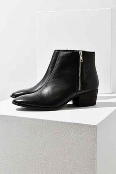Stef Double Zipper Ankle Boot - Urban Outfitters
