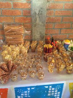 Mesa de dulces baby shower mexicano de martina