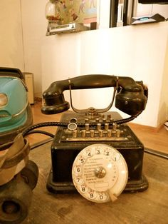 Old French Telephone
