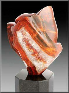 Agate and Quartz from Argentina (a sculpture,beautiful) Geology Wonders