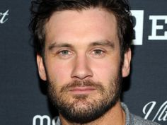 'Vikings' Actor Clive Standen Joins Working Title's 'Everest'