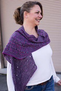 The Peephole Stole by Barbara Benson: This stole is an attempt to re-envision how a gradient could be used. Instead of working in the typical order I have used the different colors in the set to create stripes with varying levels of contrast.