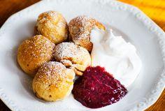 Danska+aebleskiver+(utan+ägg) Aquafaba, Pretzel Bites, Hamburger, Bakery, Muffin, Vegetarian, Bread, Breakfast, Food