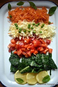 Salate vegetariene simple si sanatoase: 7 salate pe care le vei iubi – Sfaturi de nutritie si retete culinare sanatoase Bruschetta, Tofu, Risotto, Zucchini, Simple, Ethnic Recipes, Green, Salads, Summer Squash