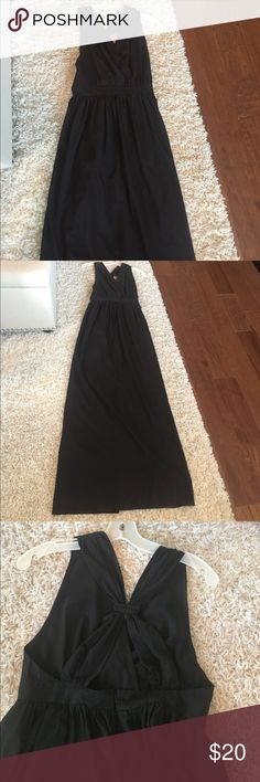 Black Maxi Dress!! ❤️❤️❤️ Black Maxi Dress. Can be dressed up or down. 60% cotton 40% polyester. Very cute and flattering. Pretty back detail. See pictures! Worn once! 60inches from shoulder to hem. callie mac Dresses Maxi