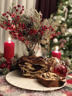 Christmasdecor Christmas Decorations, Table Decorations, Furniture, Home Decor, Decoration Home, Room Decor, Home Furnishings, Home Interior Design, Christmas Decor