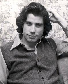 Young John Travolta (Photos)