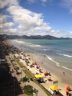 Meia Praia em Itapema, SC