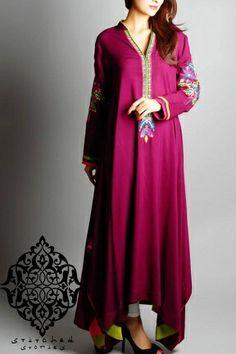 Beautiful Magenta Pakistani Clothes by Stitched Stories 2014 Pakistani Long Kurtis, Simple Pakistani Dresses, Pakistani Outfits, Elegant Dresses, Pretty Dresses, Casual Dresses, Ethnic Outfits, Indian Outfits, Suits For Women