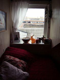 Rabbit lamp in window by karoline.karlsen, via Flickr #bunnyinthewindow