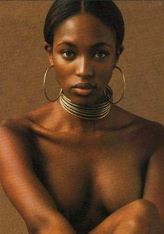 beautés africaines nues Black Entertainment