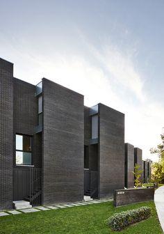 bosch capdeferro studio — Casas Patio en Celrà