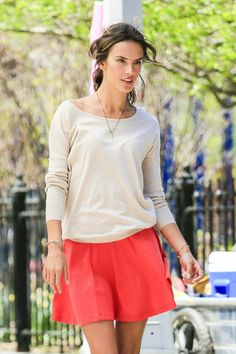 Supermodel Alessandra Ambrosio showed of her Victoria's Secret style during a photo shoot in Central Park.
