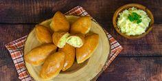 Συνταγή για απίθανα πιροσκί με πατάτα -Νηστίσιμη λιχουδιά, ακαταμάχητη γέμιση Pretzel Bites, Bread, Food, Brot, Essen, Baking, Meals, Breads, Buns