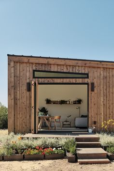 How Did the Tiny House Movement Start and is it Here to Stay?   The Green Hub Modern Tiny House, Tiny House Living, Tiny House Design, Cottage Design, Cottage Style, Cosy Living, Coastal Living, Bungalow, Tumbleweed Tiny Homes