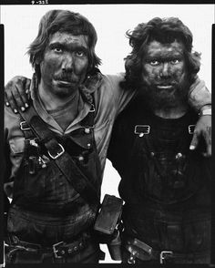Richard Avedon - Lance Barron and Mel Pyeatt, coal miners, Reliance, Wyoming, August 1979 Robert Frank, Sophia Loren, Black And White Portraits, Black And White Photography, Richard Avedon Photography, America Images, Reportage Photo, Working People, Coal Mining