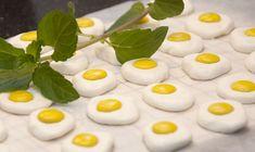 Pludrehanne: Påskere godis skal du lete lenge etter Pudding, Eggs, Baking, Breakfast, Desserts, Food, Morning Coffee, Tailgate Desserts, Deserts