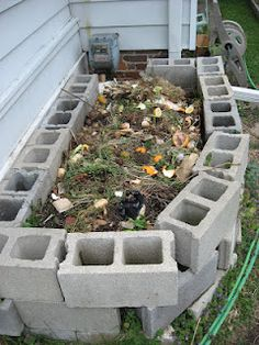compost bin out of Concret Blocks (reminds me of my mothers)
