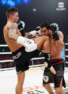 Nieky Holzken delivering a knee #Glory tournament.