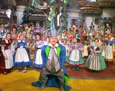 Silver Screen Modiste: COSTUMING THE WIZARD OF OZ: FOLLOW THE YELLOW BRICK ROAD