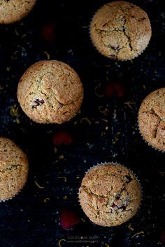 Can't boil an egg: Muffins integrali cu zmeură și portocală Egg Muffins, Boiled Eggs, Cookies, Canning, Chocolate, Desserts, Recipes, Food, Deviled Eggs