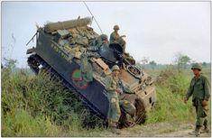 "apc ""B"" company , Infantry ""Bobcats"" Vietnam Sheridan Tank, Armoured Personnel Carrier, Vietnam War Photos, Military Modelling, Armored Vehicles, Armored Car, Military Diorama, American War, Korean War"