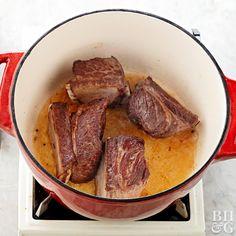 One pot short ribs recipe Best Short Rib Recipe, Beef Chuck Short Ribs, Short Ribs Dutch Oven, Cooking Short Ribs, Beef Short Ribs Oven, Grilled Beef Short Ribs, Short Rib Stew, Bbq Ribs, Recipes