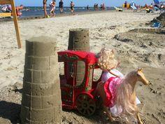 La principessa esce dal suo castello direttamente sulla spiaggia del Bagno Franco