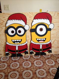 Christmas Minions. Done by Markeysha and Keith Ross. Follow me on Facebook for more yard art