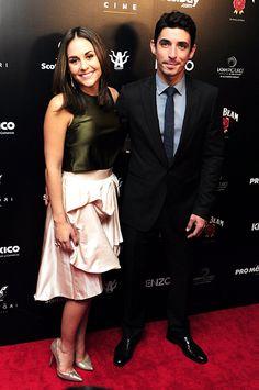 Estrellas mexicanas engalanan la alfombra roja de los Premios Canacine 2015