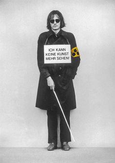 """Timm Ulrichs, """"Ich kann keine Kunst mehr sehen!"""", 1975"""