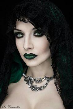 Mermaid ~ La Esmeralda